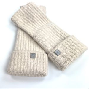 Chanel Cashmere Tan Arm Warmers